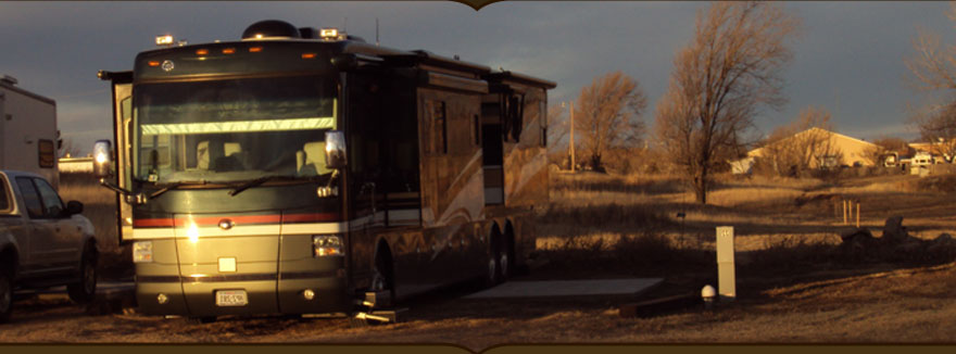 Picture of a Big rig motorhome in an RV slot